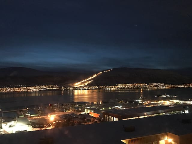 Private room - Aparment with nice view - Tromsø - Appartement