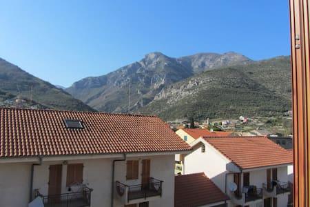 Tra mare e monti - Toirano - Wohnung