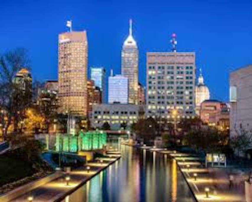 Less than two miles from my house. Indy can be beautiful from the right angle.
