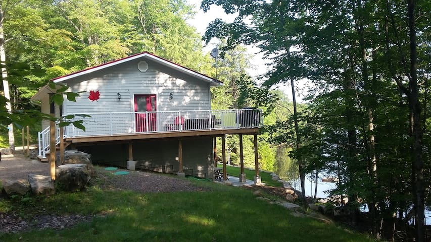 Muskoka Maple Cottage,       Year round relaxation