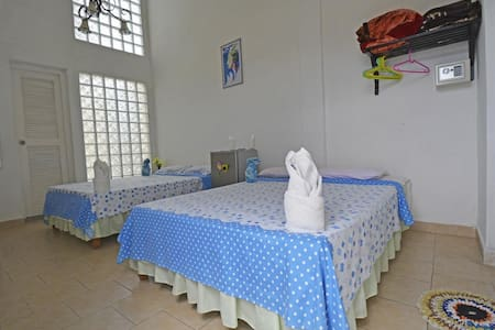 Hostal Girassol: Habitacion #1