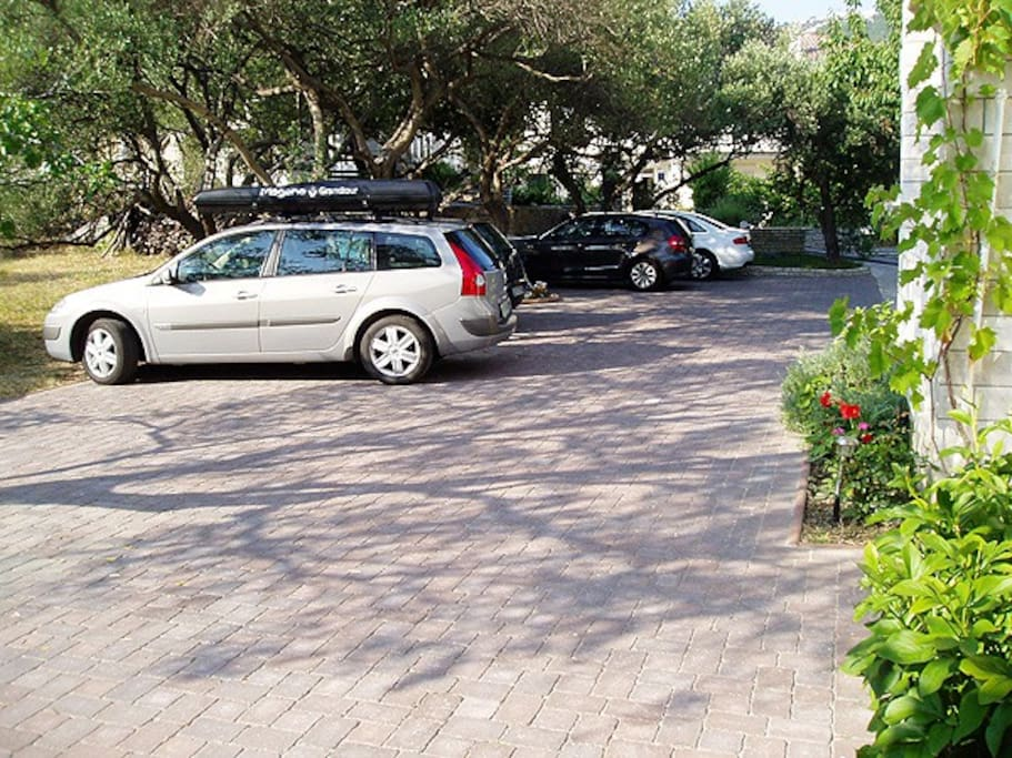 Private parking place