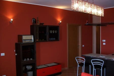Cute entire apartment / 3 bedrooms - Gizzeria - Pousada