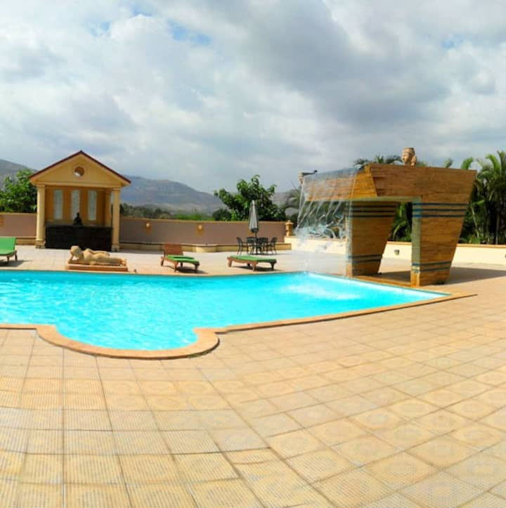 Beautiful FarmHouse stay with All Meals at Lonavla