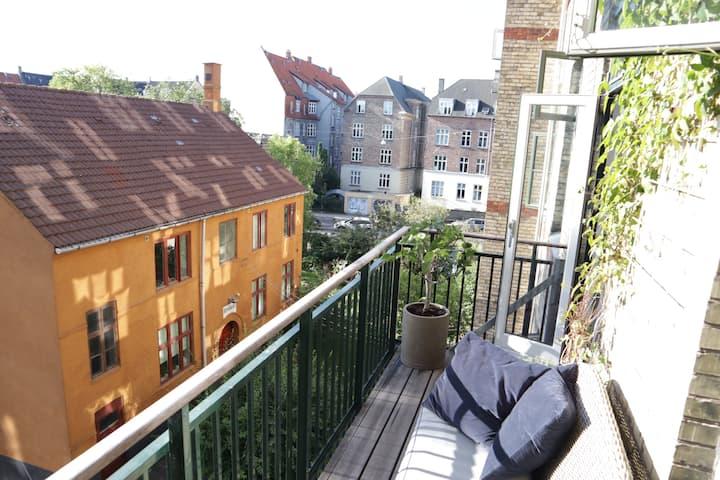 Frederiksberg lejlighed (135m2)