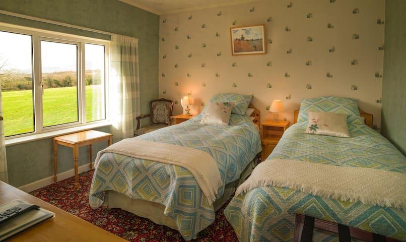 twin room overlooking pasture
