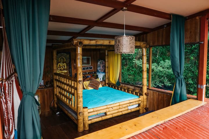Jungle Tree House - Loft with Beautiful Sunrise