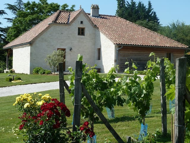 maison jolie et comfortable - Lauzerte - Hus