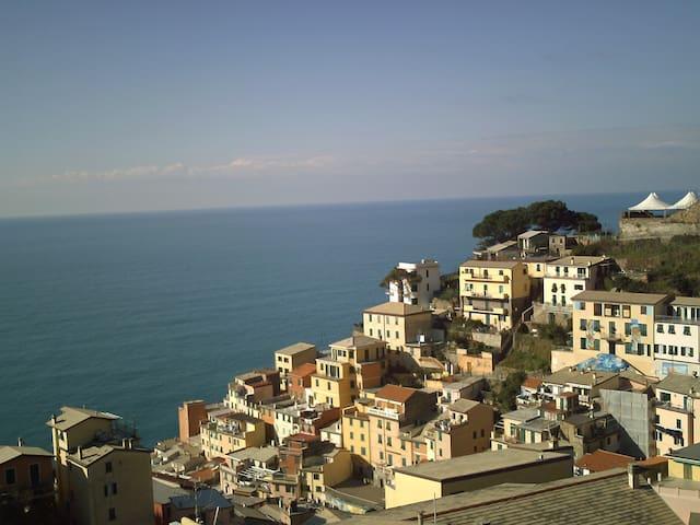 casa con splendida vista panoramica - Riomaggiore - Appartement