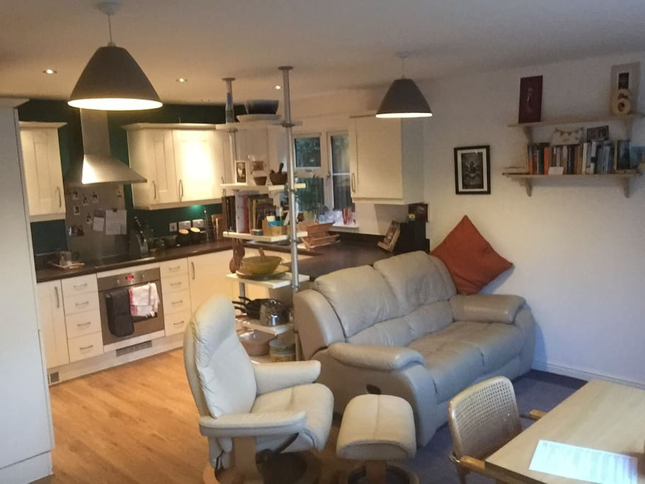 Comfortable Two Bedroom Apartment In Cambridge Apartments For Rent In Fulbourn England