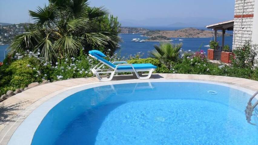 Große luxuriöse Villa in Bodrum Türkbükü