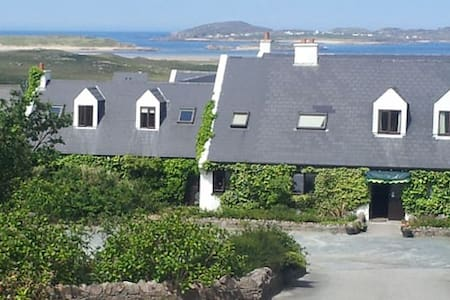 Irish speaking B&B, WildAtlanticWay - Derrybeg