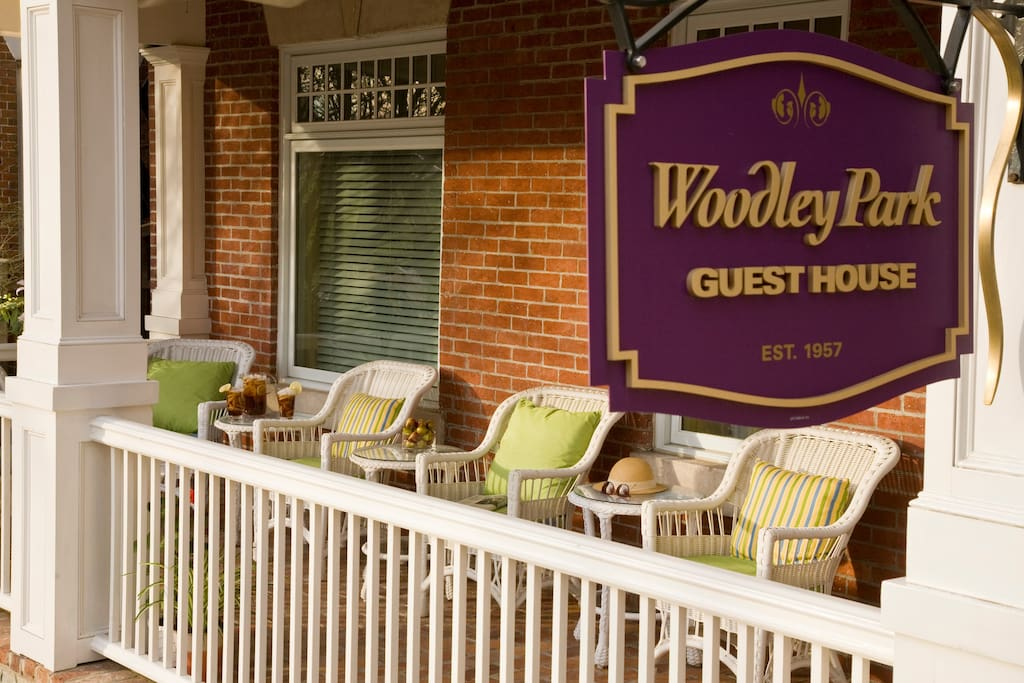 Welcome to Woodley Park Guest House. A Full service bed and breakfast in Washington D.C.