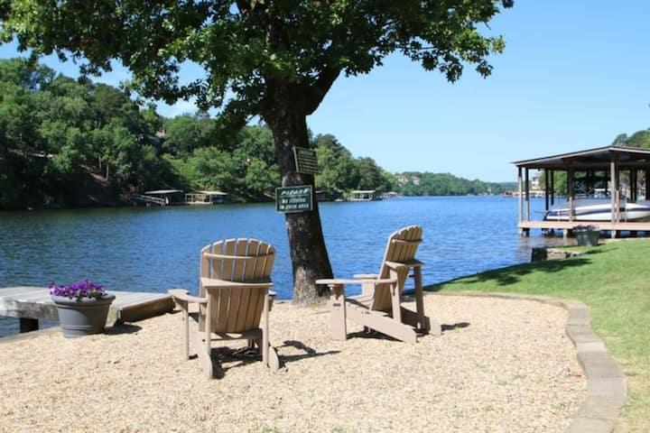 Cottage # 4 - Edgewater Resort -Pet Friendly