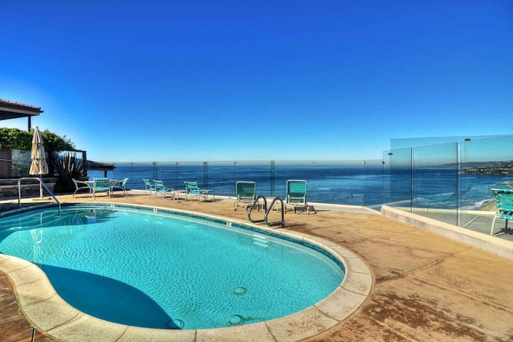 Dana Point Oceanfront Condo with Pool, Awesome Views, Updated Unit!