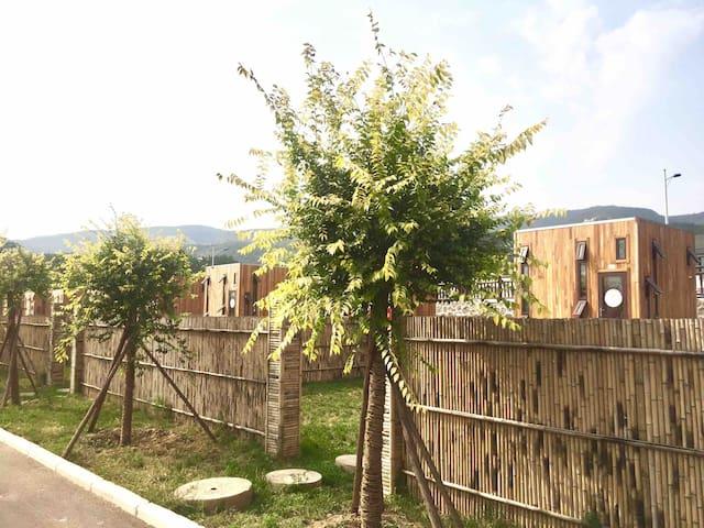 双层木屋花园2号