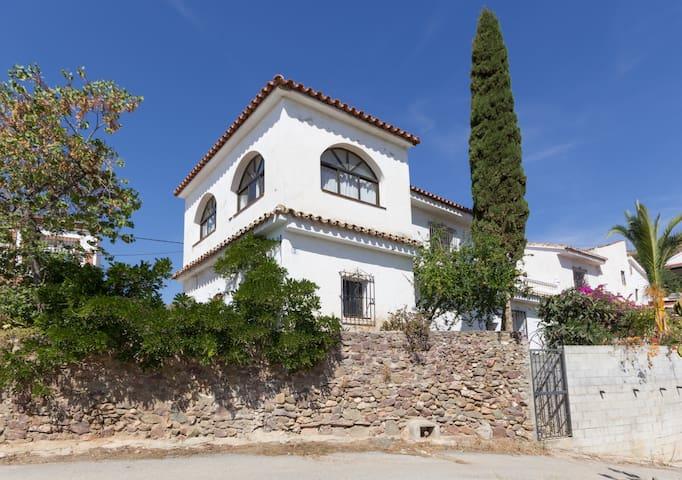 Cosy & rustic Andalucian finca - Almogía - Huis
