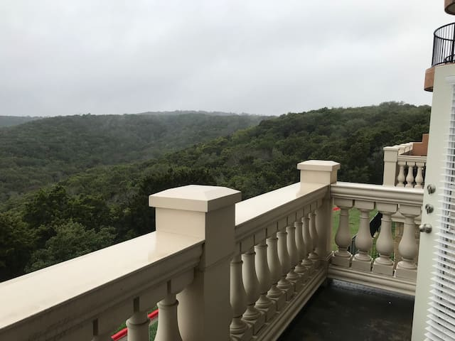 Entire furnished luxury apartment magnificent view