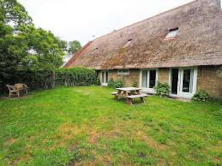 Appartement in boerderij met mooie grote tuin!