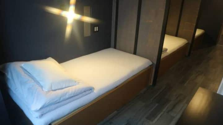 3 Beds Private Room with Shower2