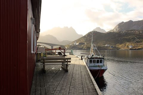 桟橋の漁業用アパート