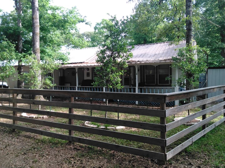 Pa Pa's Cabins at Lake Sam Rayburn
