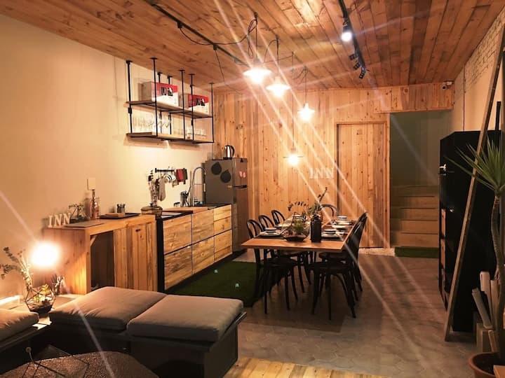 全新登場優惠|北歐工業風8-14人透天包棟|投影機大客廳|開放式廚房