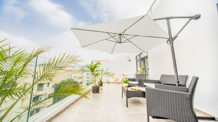 ⌛Rooftop Rétro Apt, Steps to  Arribat-Center+Patio