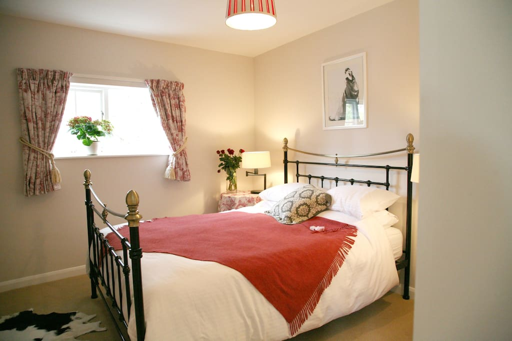 Ground floor King size bedroom with garden views