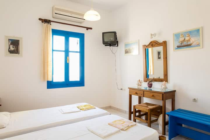 Near Parikia (Paros) Apartments  Hospitality