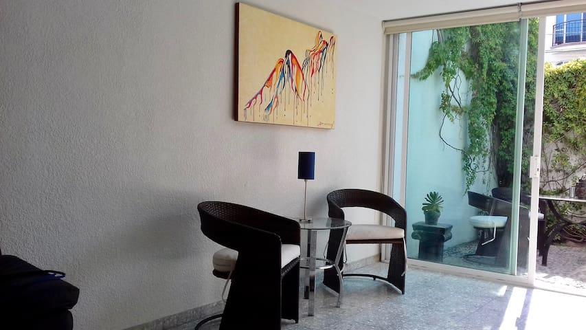 Providencia: estudio maravilloso en excelente zona - Guadalajara - Wohnung