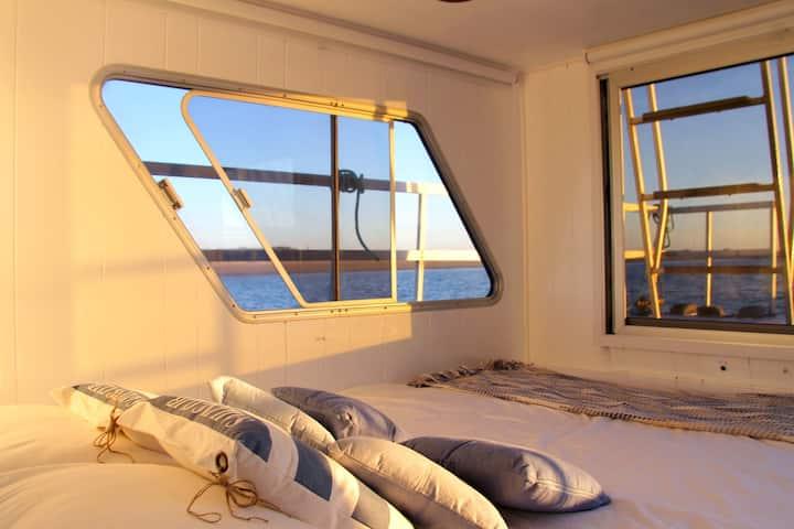 Barco Casa 10pax (6 adultos + 4 crianças) - Fuzeta