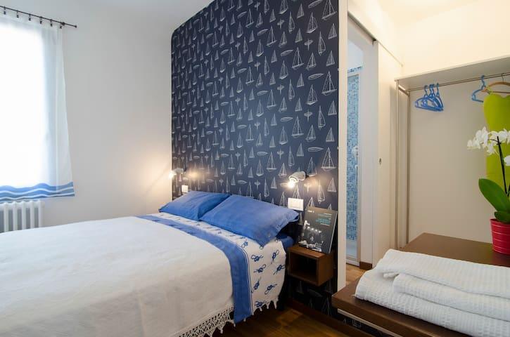 "Standard B&B room ""La Barchetta"" - Civitanova Marche - Bed & Breakfast"