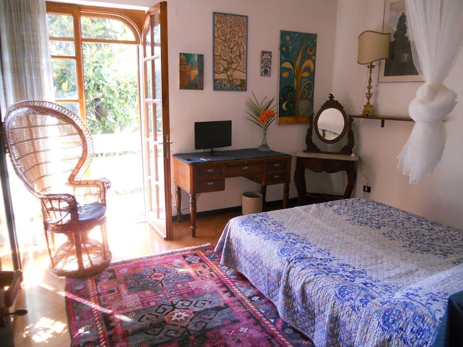 la chambre des arbres chambres d 39 h tes louer roseto. Black Bedroom Furniture Sets. Home Design Ideas