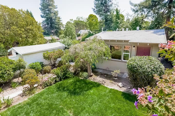 Private Cottage in Great Berkeley Location! - Berkeley - House