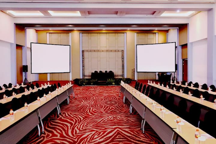 Huge Room Superior At Bandung