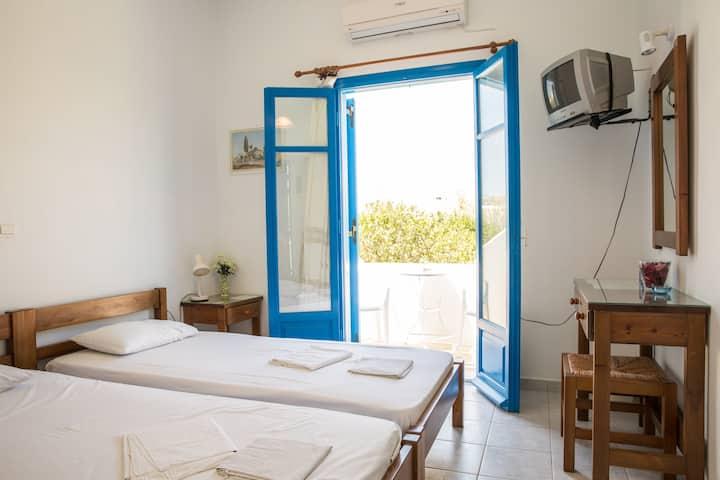 Apartment near Parikia (Paros), Hospitality.