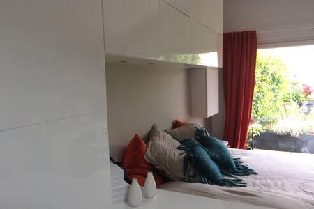 Studio neuf, 20 m2 avec jardin. - Rezé - House - 2