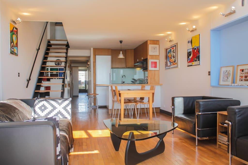 Espace séjour cuisine, ouvert et lumineux
