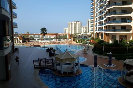 Новая квартира в шикарном комплексе - Махмутлар