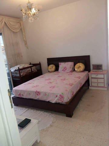 Nice room at Tunis central near Bourguiba  School