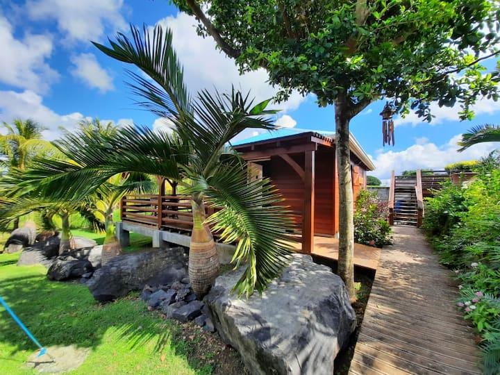 CARIOCA Petite villa de charme en bois sur jardin
