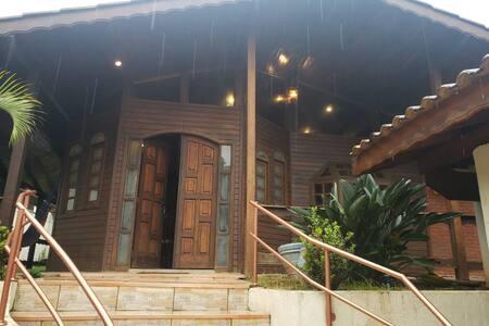 Casa de Campo no Polo Ecoturismo de Parelheiros SP