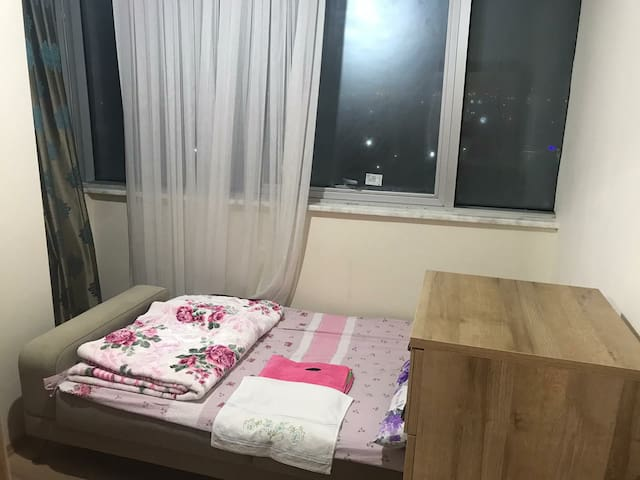 Cozy apartment Near the metro Marmaray ferry