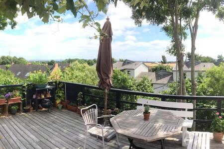 Stor og rummelig villa med smuk udsigt - Skødstrup - Casa de camp