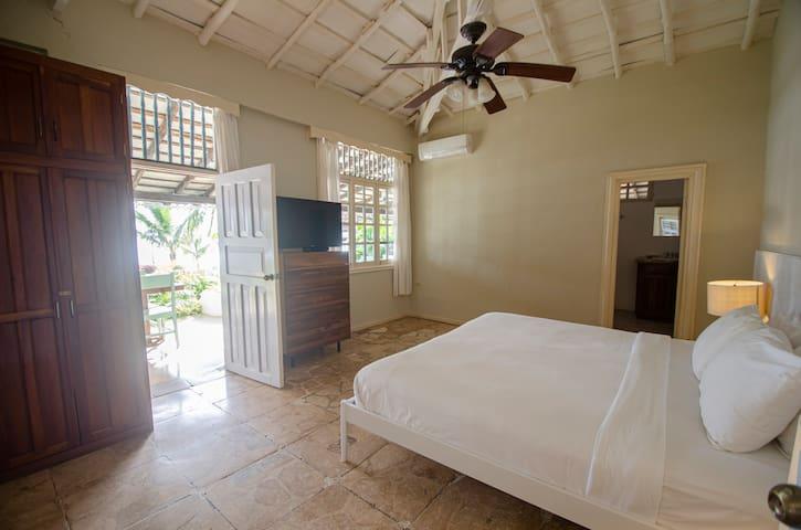 Ocean View Private King Bed Room @ Villa Marina
