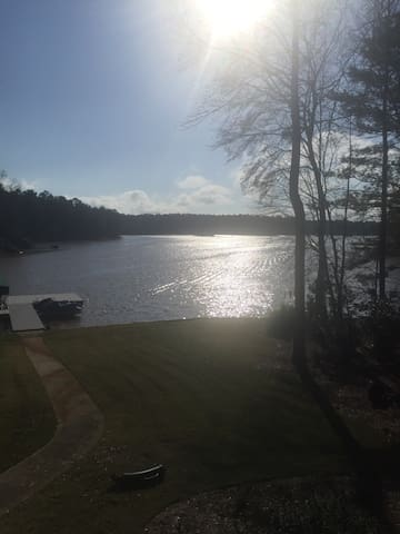 A Priceless View Right on The Lake - Greensboro - Rumah