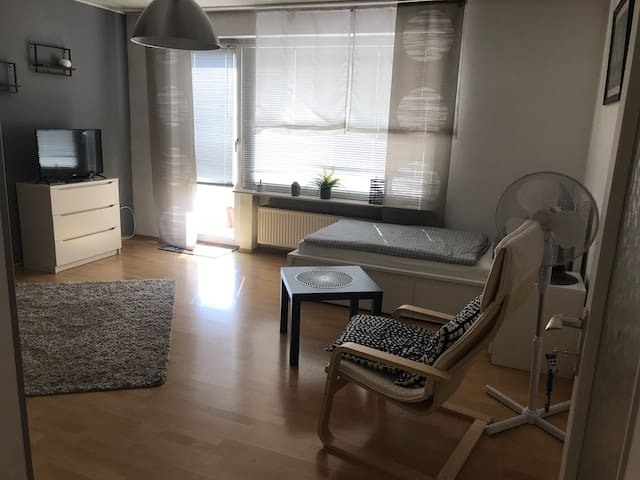 Wohnen auf Zeit- 4 Einzelbetten free WLAN