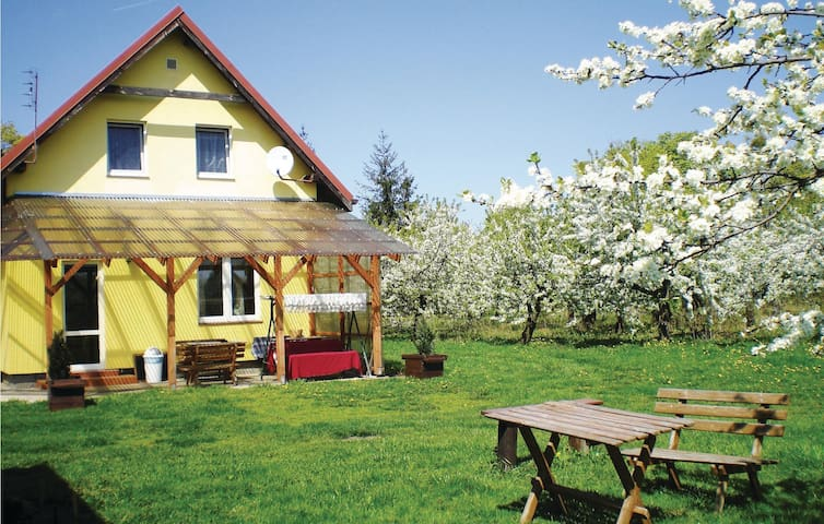 Holiday cottage with 4 bedrooms on 110m² in Chelmno