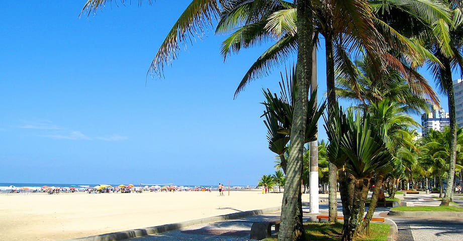 Apê no melhor local da Guilhermina-Praia Grande SP